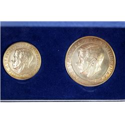 GREAT BRITAIN: EXONUMIA: 2-medal set, 1972. BU