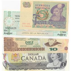 Mix Lot, 4 banknotes in whole UNC conditionbr/Canada, 1 Dollar, Sweden, 5 Kronor, Argentina, 10 Peso