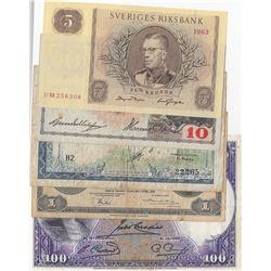 Mix Lot, 5 different banknotes.br/NEDERLANDSCH INDIE, 1 Gulden, 1943, FINE; French indi China, 1 Don