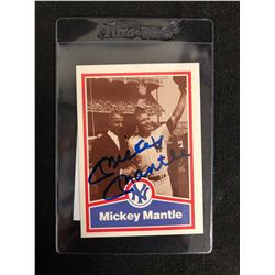 1989 MICKEY MANTLE SIGNED BASEBALL CARD (IN THE ZONE AUTHENTICS)