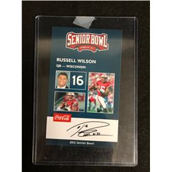 RUSSEL WILSON SENIOR BOWL AUTO FOOTBALL CARD (MINT)