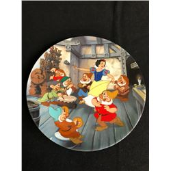 """""""THE DANCE OF SNOW WHITE & THE SEVEN DWARFS"""" LIMITED EDITION COLLECTOR PLATE"""