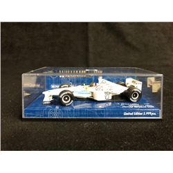 1:43 MINICHAMPS WILLIAMS F1 FW21 TEST CAR MICHELIN 2000
