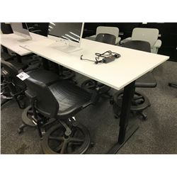 WHITE 5' ADJUSTABLE HEIGHT TECH BENCH