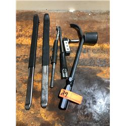 Tire Changing Tools - Bead Lift Pry Bar Levers, etc