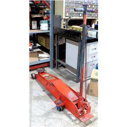 Winner Series Professional Hydraulic Service Jack 68052 Capacity 5 Ton