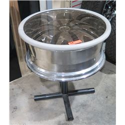 DUB Custom Rim on Pedestal Stand