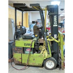 Clark Electric Forklift -No Charger, Parts/Repair, Has Hydraulic Leak & Possibly Other Problems