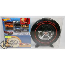 HOT WHEELS 50TH ANNIVERSARY CASE WITH CARS.