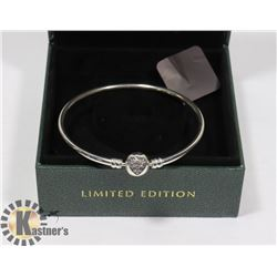 PANDORA BRACELET LIMITED EDITION NEW.