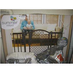 SUMMER INFANT MODERN HOME BABY GATE
