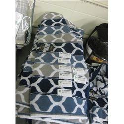 PRIYA PATTERN BATH TOWEL 27 INCH X 52 INCH