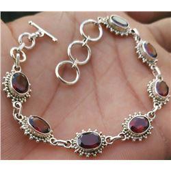 Beautiful Natural Garnet Handmade 92.5 Sterling Silver Bracelet Jewelry 11.040g