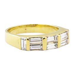 1.10 ctw Diamond Ring - 18KT Yellow Gold