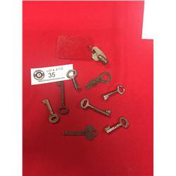 Nice Lot of Vintage Skeleton Keys