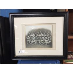 """A Nice Early 1900's Men's Univeristy Swimming.Team Photo Out of A Vancouver Family Estate 23"""" x 19.5"""
