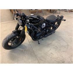 Motorcycle: 2018 Triumph Bobber Bonneyville