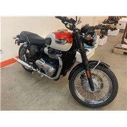 Motorcycle: 2018 Triumph Bonneyville T100