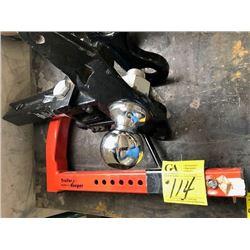 "Trailer Keeper wheel locks; 2"" hitch bar (63970)"