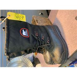 size 11 sorrel boots