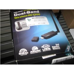 ASUS USB-AC56 WIRELESS ADAPTER