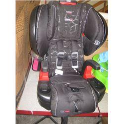 BRITAX CHILD SEAT EXPIRES 10/09/2027