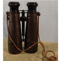 "Field binoculars, 8"" high x 5"" wide, France, 1898-1918"
