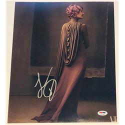 "Laura Dern Signed ""Star Wars: The Last Jedi"" 11x14 Photo (PSA COA)"