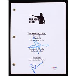 """Norman Reedus  Andrew Lincoln Signed """"The Walking Dead: Tell It To The Frogs"""" Full Episode Script (P"""