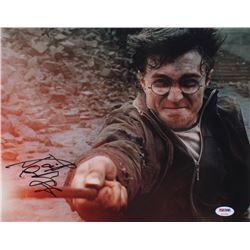 "Daniel Radcliffe Signed ""Harry Potter"" 11x14 Photo (PSA Hologram)"