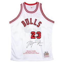 Michael Jordan Signed Chicago Bulls Rookie Year Highlight Stat Jersey (UDA COA)