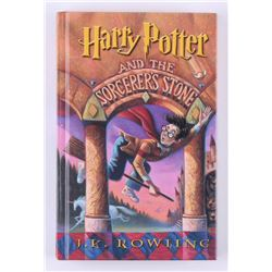 "Daniel Radcliffe Signed ""Harry Potter and the Sorcerer's Stone"" Hardcover Book (Beckett COA)"