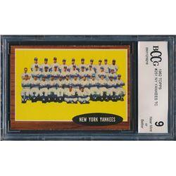 1962 Topps #251 New York Yankees Team Card (BCCG 9)