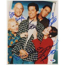 """""""Everybody Loves Raymond"""" 8x10 Photo Signed by (5) with Ray Romano, Patricia Heaton, Doris Roberts,"""