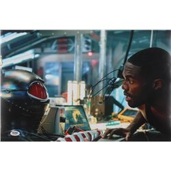 "Yahya Abdul-Mateen II Signed ""Aquaman"" 12x18 Photo (PSA Hologram)"