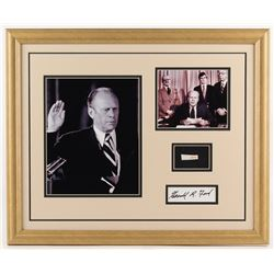 Gerald R. Ford 18x22 Custom Framed Cut Display with (1) Hand-Written Word from Letter (Beckett LOA C