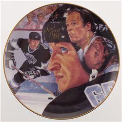 "Wayne Gretzky  Gordie Howe Signed ""The Great One"" Porcelain Plate (Gartlan Authentic)"