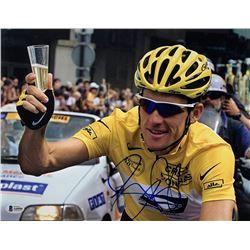 Lance Armstrong Signed Tour De France 11x14 Photo (Beckett LOA)