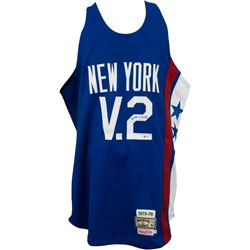 Julius Erving Signed New York Nets Mitchell  Ness Jersey (Beckett Hologram)