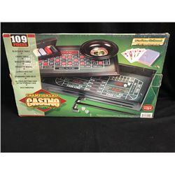 CHAMPIONSHIP CASINO DELUXE TABLE GAME-SET (109 PIECES)