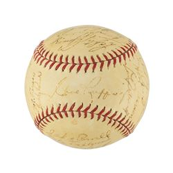 New York Yankees 1939 World Series Champions Team Signed Baseball with Gehrig and DiMaggio