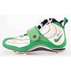 Brett Favre Signed Game-used Nike Cleats