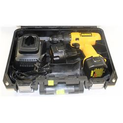 DEWALT 9.6V CORDLESS DRILL WITH TWO BATTERIES AND