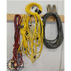 BUNDLE OF EXTENSION CORDS, LIGHTED CORD,