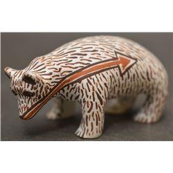 ZUNI INDIAN POTTERY BEAR (JEAN LEWIS BRATTHAUER)