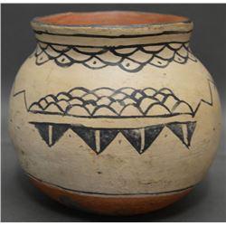 COCHITI INDIAN POTTERY JAR