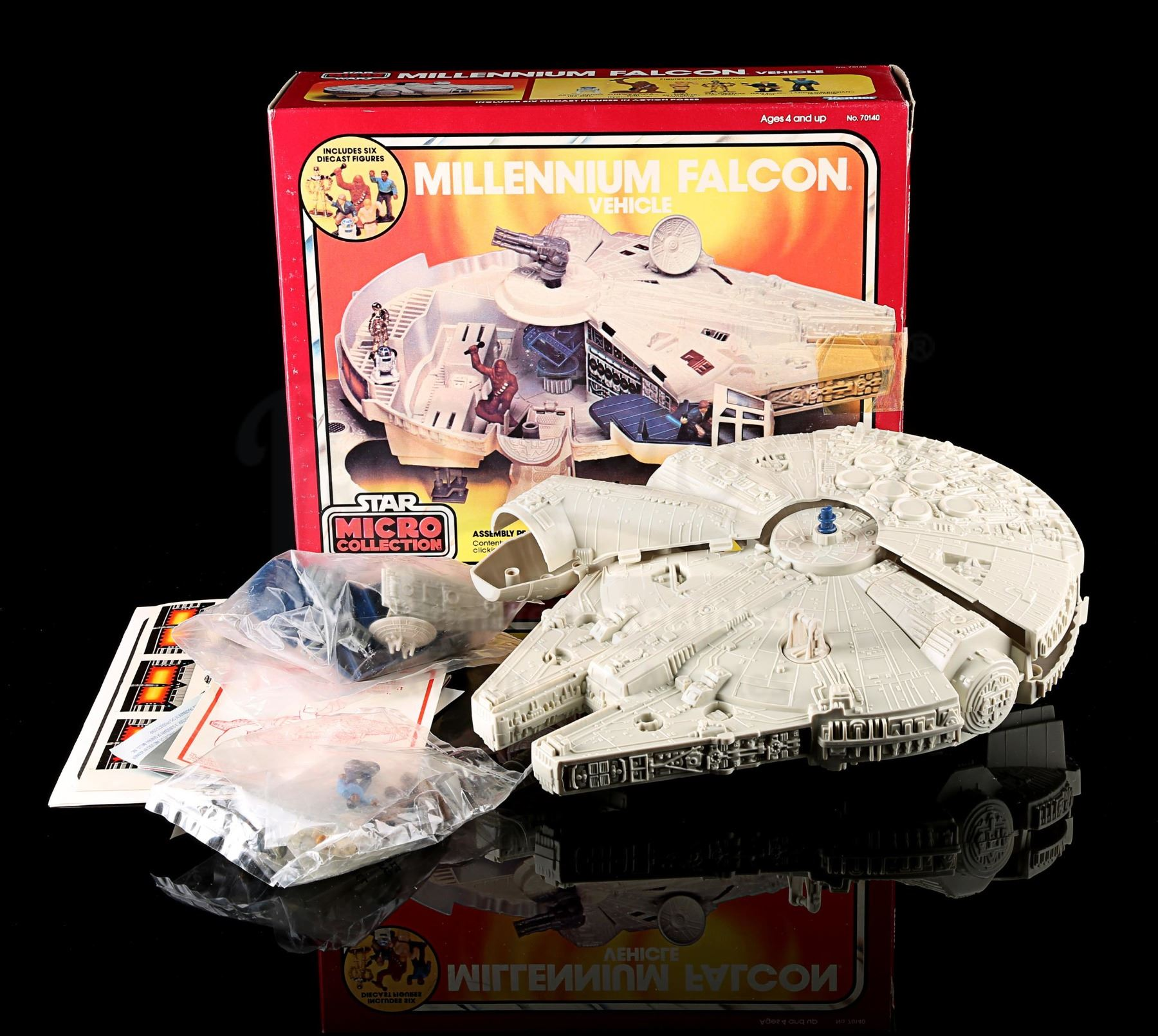 Display stand for Vintage Star Wars Micro Collection Millennium Falcon Nice!