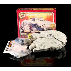 STAR WARS: THE EMPIRE STRIKES BACK - Micro Collection Millennium Falcon