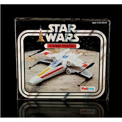 STAR WARS: A NEW HOPE - X-Wing Fighter