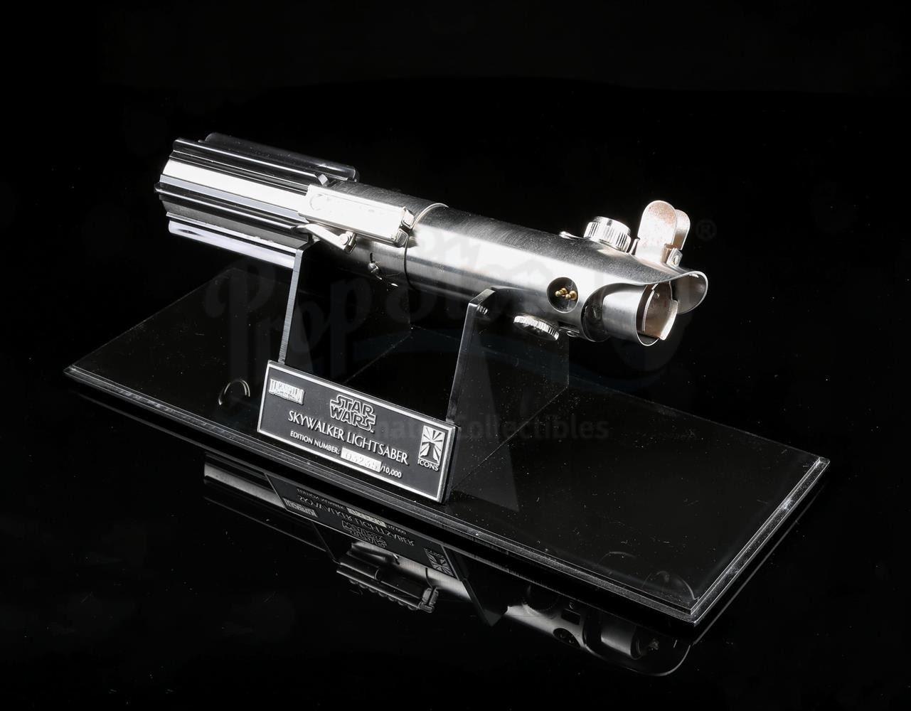 Luke Skywalker Lightsaber Repro Weapon VERY CLOSE Star Wars MP